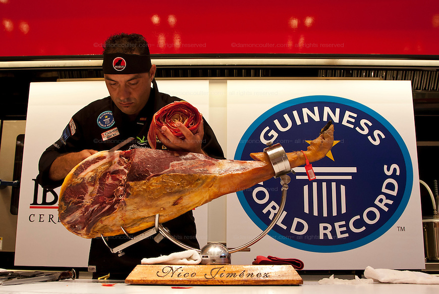 2010 Nico jimenez World Record slice of ham. Japan September 23rd