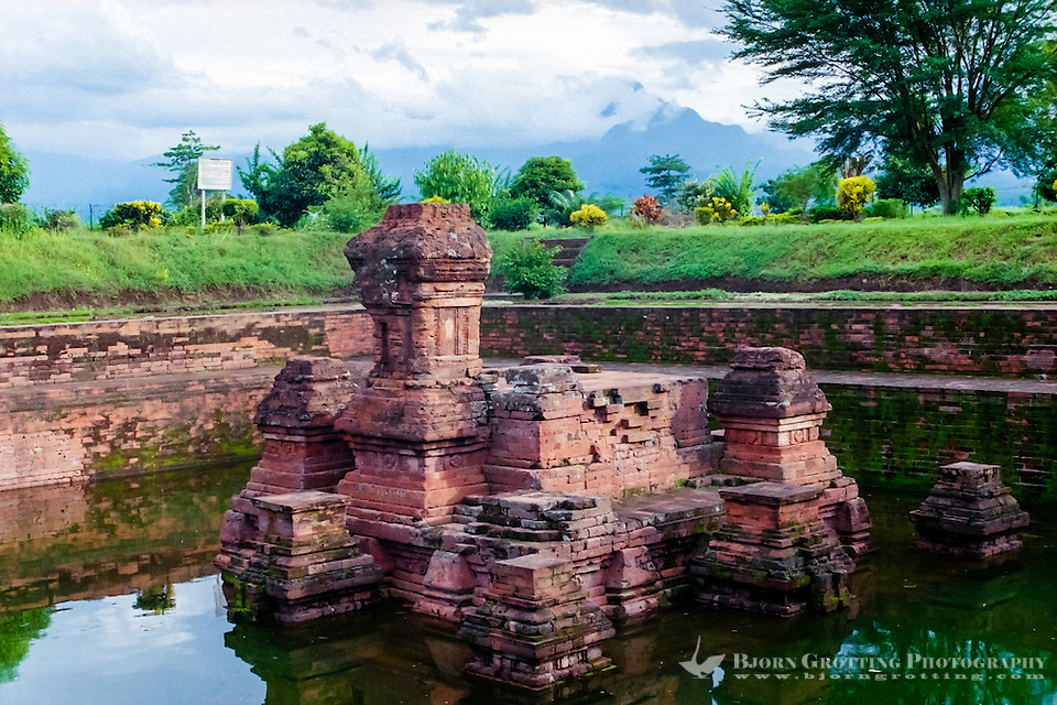 Java, East Java, Trowulan. Candi Tikus, this was the queens personal pool. (Photo Bjorn Grotting)