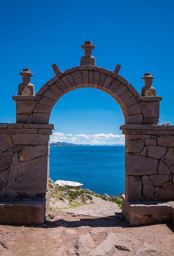 Typical arch in Taquile Island, Lake Titicaca, Peru. (Daniel Korzeniewski)