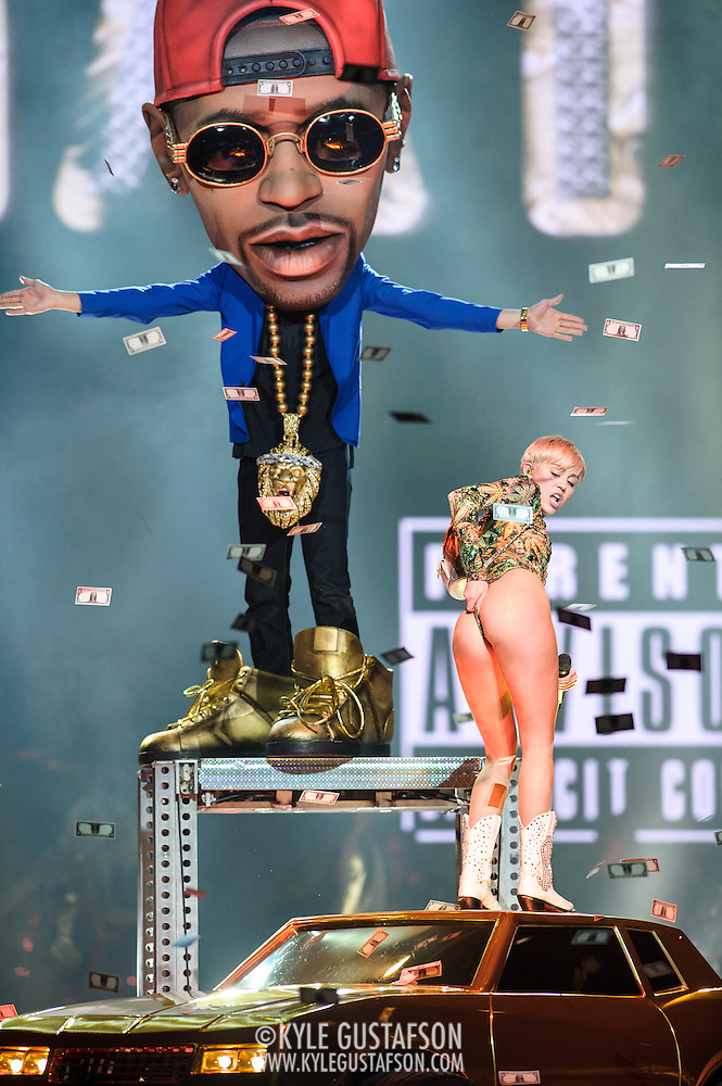 "WASHINGTON, DC - April 10th, 2014 - Miley Cyrus performs with a life-sized puppet of Big Sean as she sings ""Love Money Party"" at the Verizon Center in Washington, D.C. as part of her Bangerz Tour. (Photo by Kyle Gustafson / For The Washington Post) (Kyle Gustafson/For The Washington Post)"