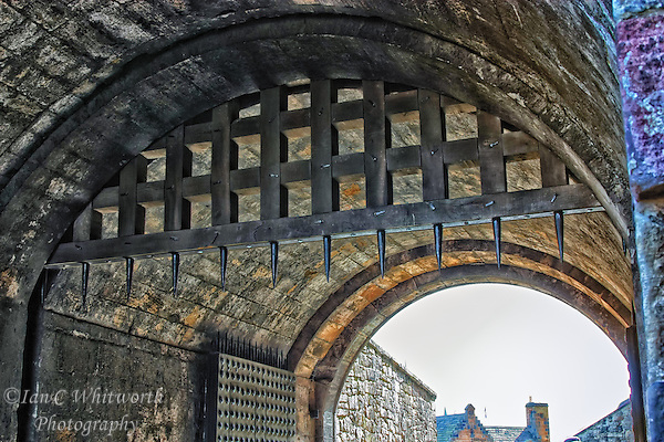 A view of the spikes on the Edinburgh Castle gate (Ian C Whitworth)