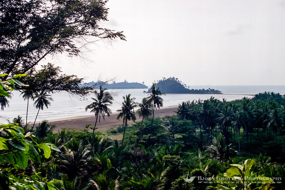 West Sumatra, Padang. Air Manis beach outside Padang. At low water you can walk out to the nearest of these two small islands. (Photo Bjorn Grotting)