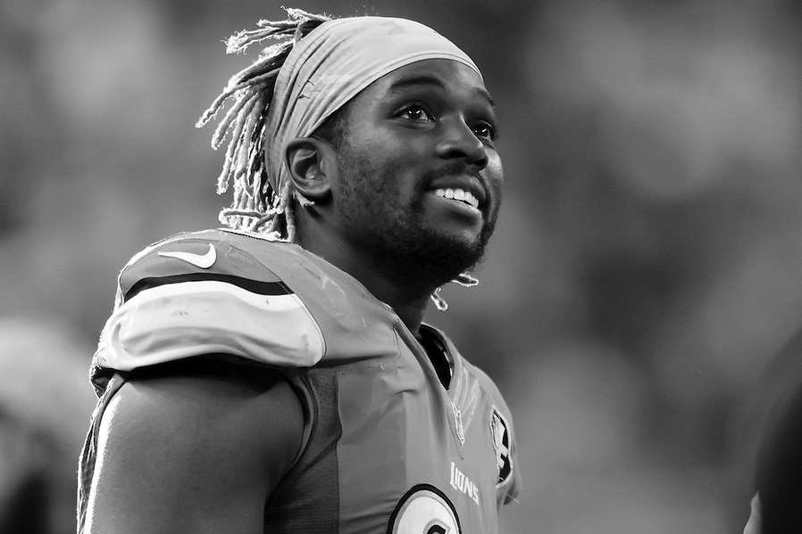 Detroit Lions defensive end Devin Taylor (98) on the sideline against the Oakland Raiders during an NFL football game at Ford Field in Detroit, Sunday, Nov. 22, 2015. (AP Photo/Rick Osentoski) (Rick Osentoski/AP)