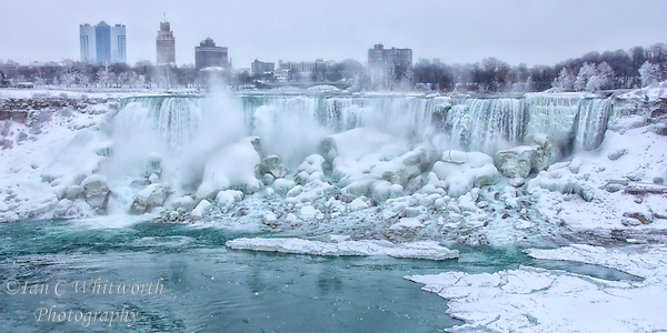 Looking at the American Falls during the Winter in Niagara. (Ian C Whitworth)