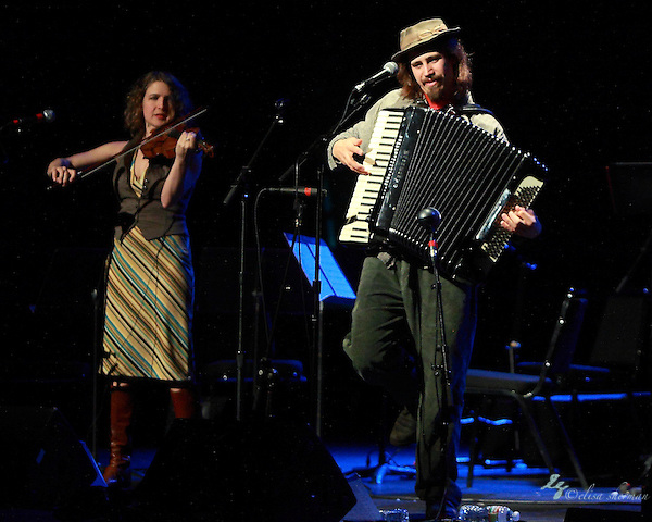 Jason Webley performs at the Moore Theatre, November 11th, 2011 (Elisa Sherman)