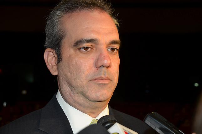Abinader insta a Danilo a poner atención a suspensión de RD del Caricom