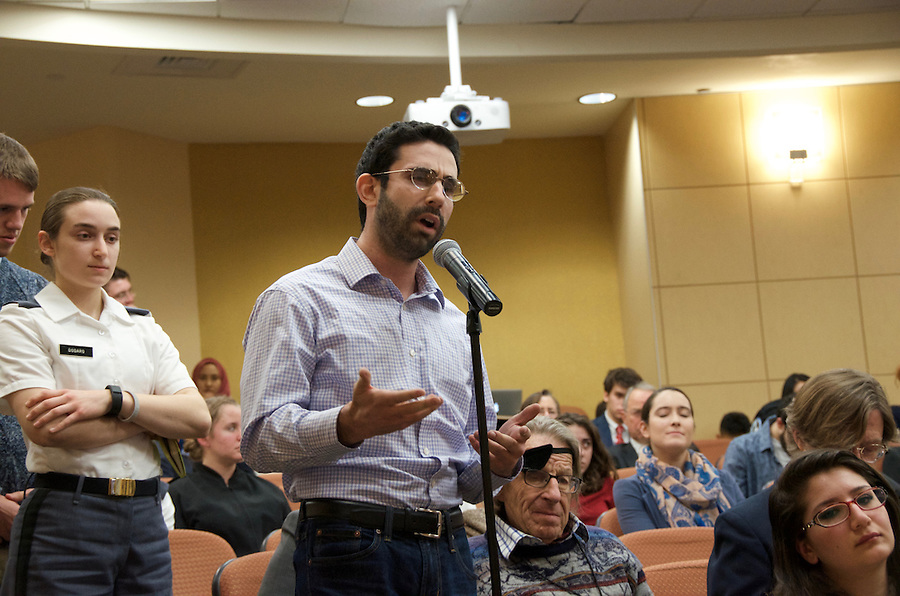 "2/20/16-Medford/Somerville, MA - Audience members of the panel ""Islam in Europe"" ask questions during one event of the annual EPIIC Symposium. (Henry Hintermeister / The Tufts Daily) (Henry Hintermeister)"