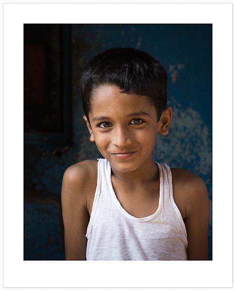 Colaba, Mumbai, India (© 2013 Ian Mylam)