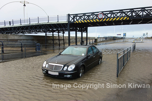 Marine Drive Flooding, Southport Pier - Photo By Simon Kirwan