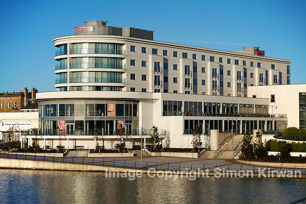 Ramada Plaza hotel, Southport - photo by Simon Kirwan