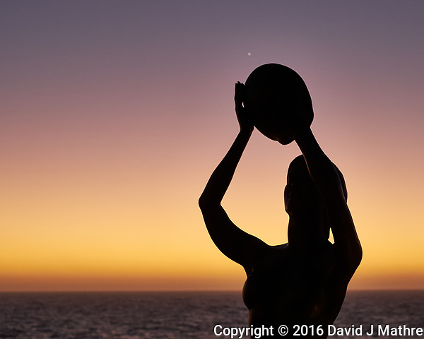 Catching Venus at Dawn. Image taken with a Fuji X-T1 camera and 35 mm f/1.4 lens. (David J Mathre)