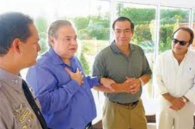 Desde la izquierda, Rafael Guillermo Guzmán Fermín, Salomón Melgen, una persona no identificada y Vinicio Castillo Semán (Vinicito), primo de Melgen.