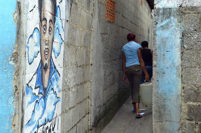 Pobreza y desempleo preocupan más que la delincuencia, revela encuesta