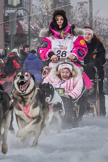 Ceremonial start of the 41st Iditarod, Fourth Avenue, Anchorage, Alaska (Clark James Mishler)