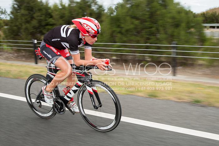 Caroline Steffen (SUI), March 23, 2014 - Ironman Triathlon : Bike Course. Ironman Melbourne Race, Bike Cycle Course Between Frankston And Ringwood Tunnel, Melbourne, Victoria, Australia. Credit: Lucas Wroe (Lucas Wroe)