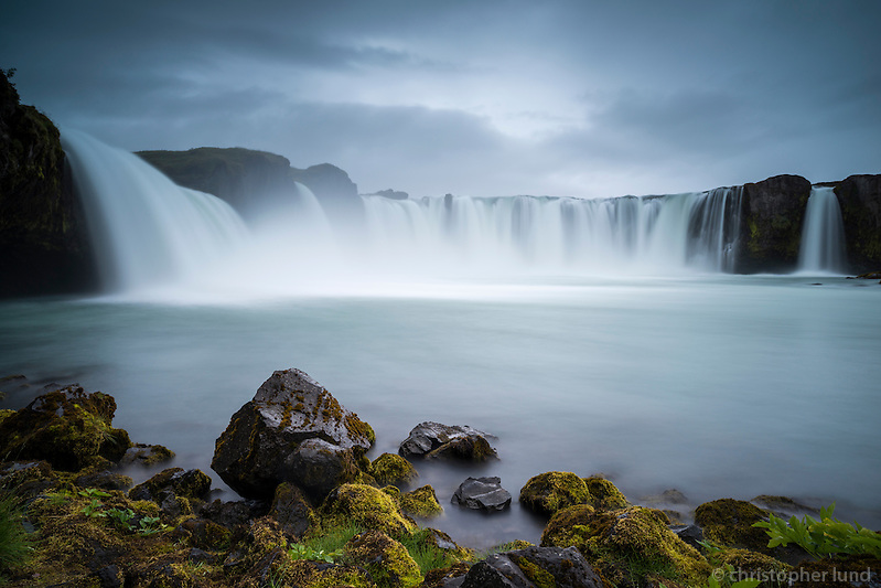 Goðafoss waterfall in North Iceland. In Icelandic the name means the watefall of the (norse) gods. The water of the river Skjálfandafljót falls here from a height of 12 meters over a width of 30 meters. (Christopher Lund/©2012 Christopher Lund)