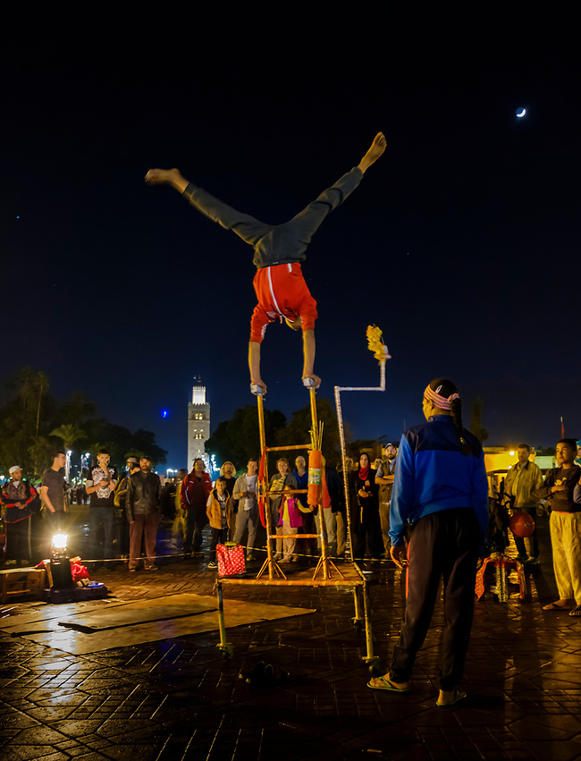 MARRAKESH, MOROCCO - CIRCA APRIL 2017: Entertainers in the Jemaa el-Fnaa square in Marrakesh (Daniel Korzeniewski)