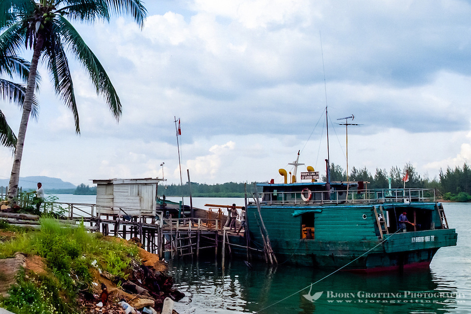 Riau Islands, Bintan. Small wooden cargo vessel at Kijang, south Bintan. (Bjorn Grotting)