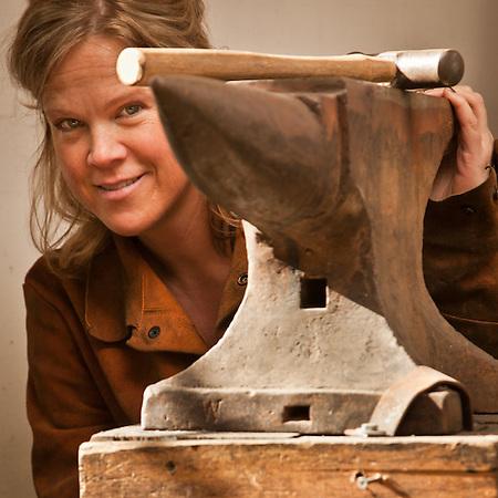 Artist and sculptor, Marieke Heatwole, Anchorage (Clark James Mishler)