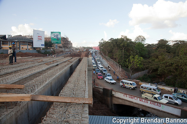 Traffic backed up on Museum Hill in Nairobi as construction takes place. (Photographer: Brendan Bannon)
