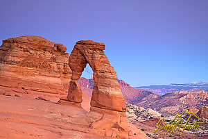 "Delicate Arch, Moab, Utah  Moab, Utah, Canyonlands, Arches, National Park, Utah (Daryl Hunter's ""The Hole Picture"" ? Daryl L. Hunter has been photographing the Yellowstone Region since 1987, when he packed up his view camera, Pentex 6X7, and his 35mm?s and headed to Jackson Hole Wyoming. Besides selling photography Daryl also publishe)"