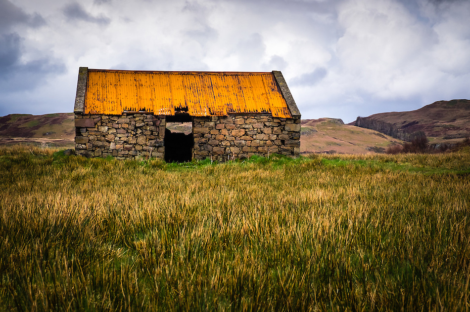 SCOTLAND - CIRCA APRIL 2016: Old abandoned croft house in Skye. (Daniel Korzeniewski)
