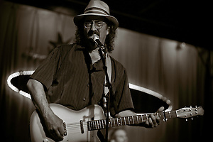 AUSTIN, TX - April 6: James McMurtry performs in concert. Photographed at The Continental Club in Austin, Texas on April 6, 2011. (Photo by Darren Carroll) (Darren Carroll)