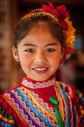 Eight year old Kimberly performs at the Cinco de Mayo celebration at Pacifico Restaurant in Calistoga (Clark James Mishler)