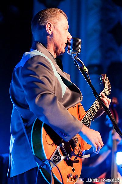 Reverend Horton Heat live rockabilly concert photo @ Metro Chicago