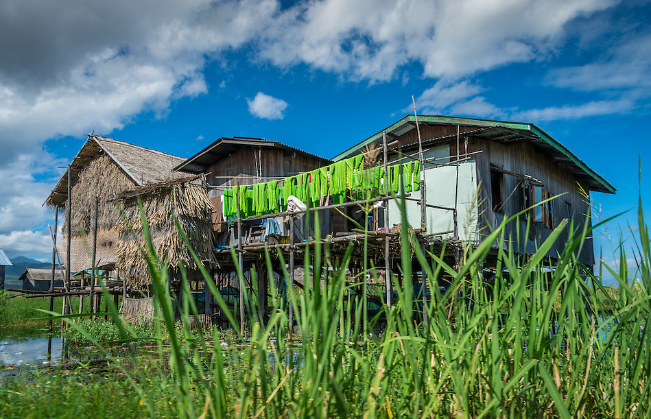 Typical house built on stilts in Inle Lake, Myanmar (Daniel Korzeniewski)