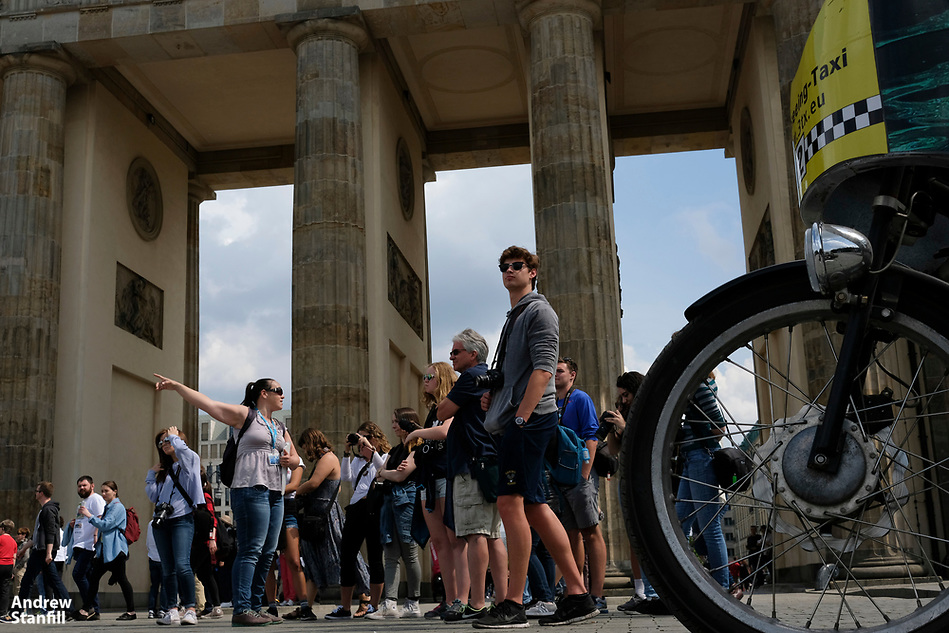 Walking tour of Berlin with stops including the Brandenburg Gate, Memorial for the Murdered Jews of Europe, Hitler bunker, Neue Watch,  with students on the University of Florida photojournalism trip in Berlin, Germany, May 13, 2017. (Photo by Andrew Stanfill) (ANDREW STANFILL)