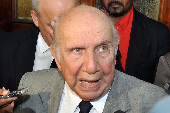 Declaraciones de Vincho ponen a prueba autoridad del presidente Medina