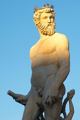 Fountain & Statue of Neptune - Plazza Della Signora - Florence Italy. (Paul Williams)