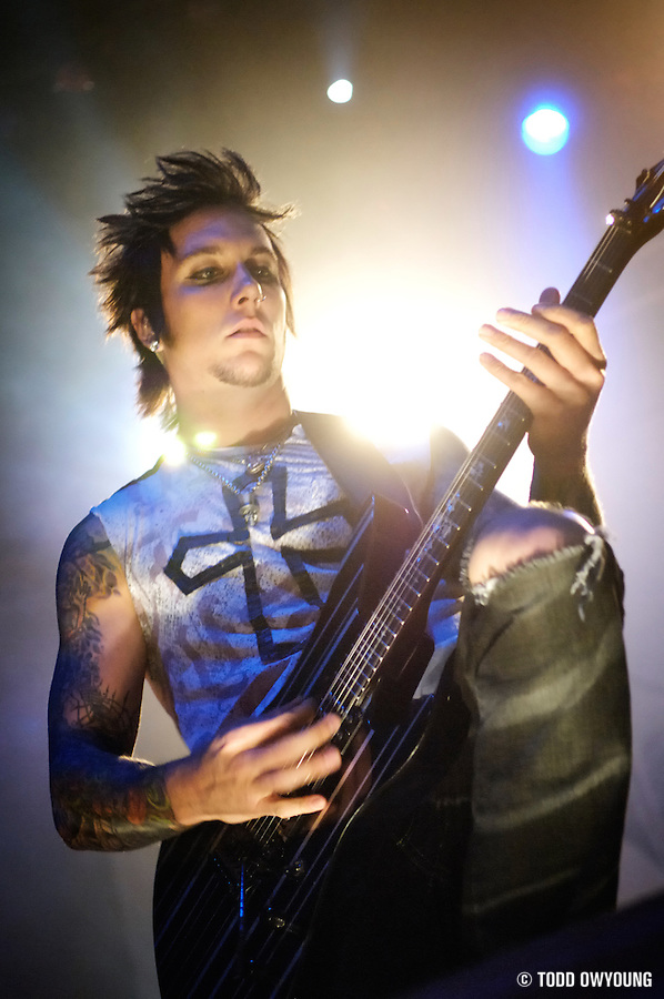 Photos of Avenged Sevenfold performing at the Pageant on November 06, 2007. (Todd Owyoung)