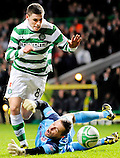 26TH JAN 2011, CELTIC V HEARTS, CELTIC PARK, GLASGOW, MARIAN KELLO BRINGS DOWN GARY HOOPER RESULTING IN A TAP IN FOR ANTHONY STOKES 3-0, ROB CASEY PHOTOGRAPHY. (ROB CASEY/ROB CASEY PHOTOGRAPHY)
