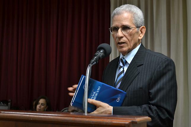 Bruno Rosario Candelier, presidente de la Academia Dominicana de la Lengua