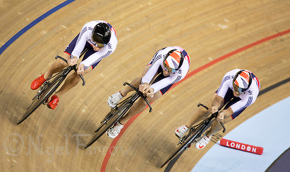 05 DEC 2014 - STRATFORD, LONDON, GBR - The Great Britain (GBR) team line up as they race to the finish during the men's Team Pursuit qualifying round at the 2014 UCI Track Cycling World Cup  at the Lee Valley Velo Park in Stratford, London, Great Britain (PHOTO COPYRIGHT © 2014 NIGEL FARROW, ALL RIGHTS RESERVED) (NIGEL FARROW/COPYRIGHT © 2014 NIGEL FARROW : www.nigelfarrow.com)