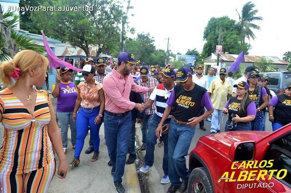 Carlos Alberto Amarante, en labor de campaña.
