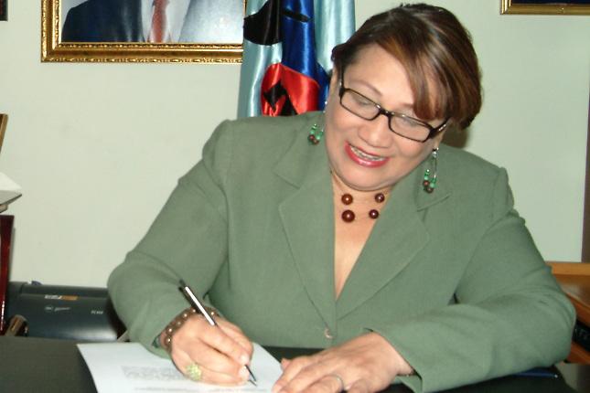 Directora de Comunidad Digna se gastó un millón 275 mil pesos en combustible en 2011