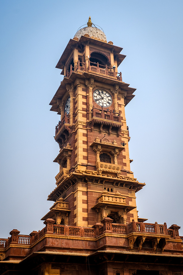 JODHPUR, INDIA - CIRCA NOVEMBER 2016: Clock tower in Jodhpur (Daniel Korzeniewski)