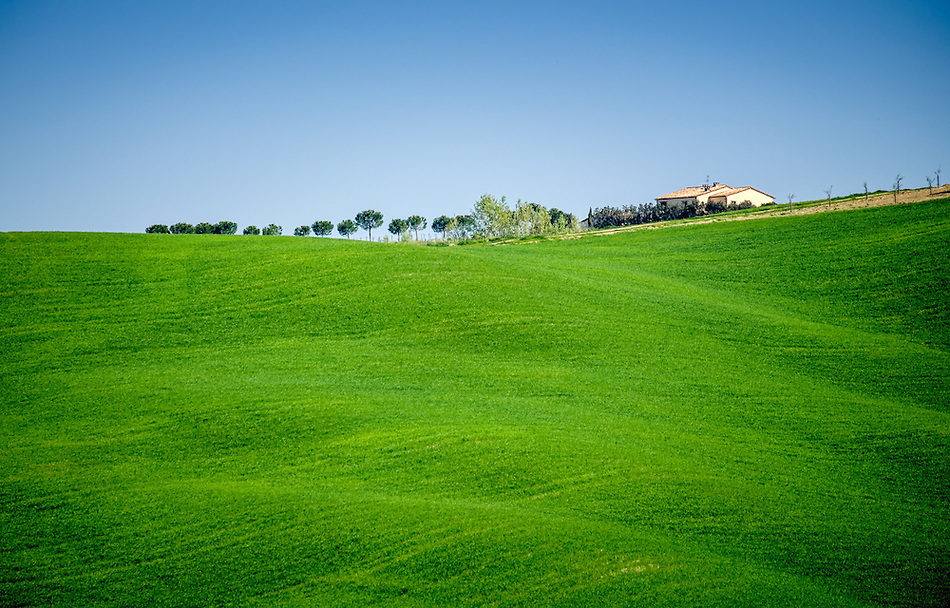 SAN QUIRICO d'ORCIA, ITALY - CIRCA MAY 2015:  Landscape in the Tuscan region of San Quirico d'Orcia in the Province of Siena (Daniel Korzeniewski)