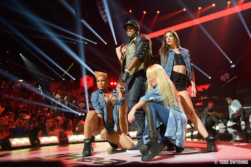 Ne-Yo performing at the iHeartRadio Music Festival in Las Vegas, Nevada on September 22, 2012. (Todd Owyoung)