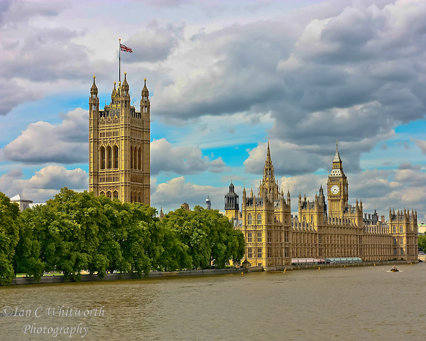 Thames River view of the Palace of Westminster in London (Ian C Whitworth)