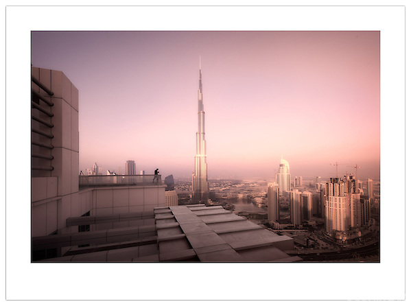 Catalin Marin photographing the Dubai skyline  ( 2012 Ian Mylam)