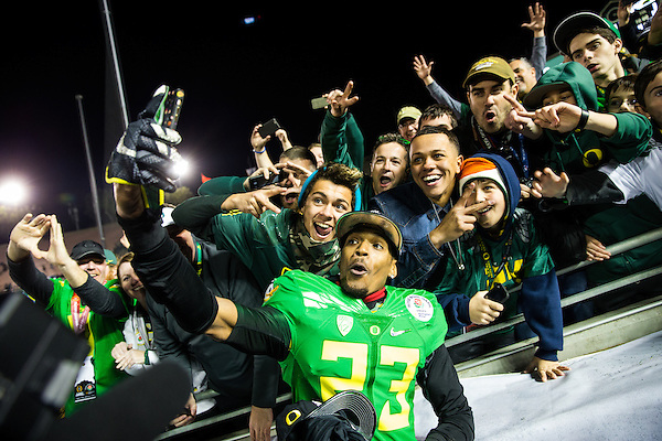 B.J. Kelley, University of Oregon Wide Receiver. Photographed at the 2015 Rose Bowl Game in Pasadena, California, on January 1, 2015. (Photograph ©2015 Darren Carroll) (Darren Carroll)