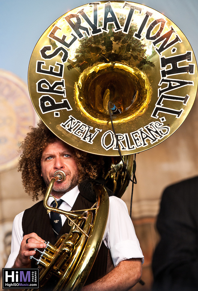Preservation Hall Band ripping up Voodoo Festival 2010! (Golden G. Richard III)