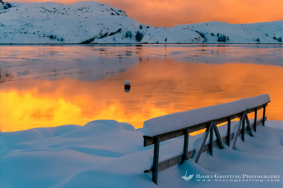 Norway, Stoksund. Winter colours. An ice and snow covered landscape at sunset. (Photo Bjorn Grotting)
