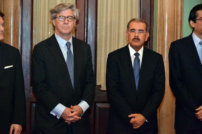 Incluyen a Danilo Medina entre lo peor en inversión extranjera del 2013