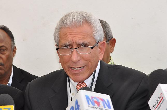 Esquea se enteró en la prensa que habría sido excluido de la Comisión Política