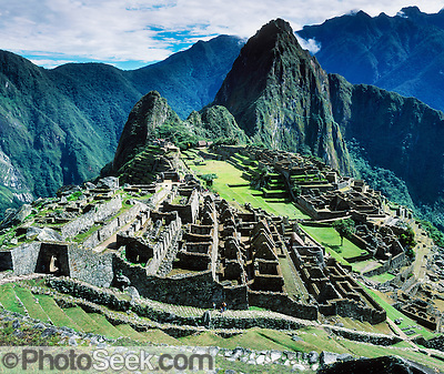 Machu Picchu, Inca archeological site in the Cordillera Vilcabamba, Andes mountains, Peru, South America.